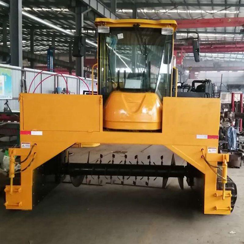 有机肥发酵翻堆机 履带自走式翻抛机 养殖场2400型翻堆机
