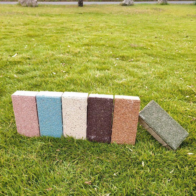 黑色陶瓷透水磚規格多樣支持定制免費送樣