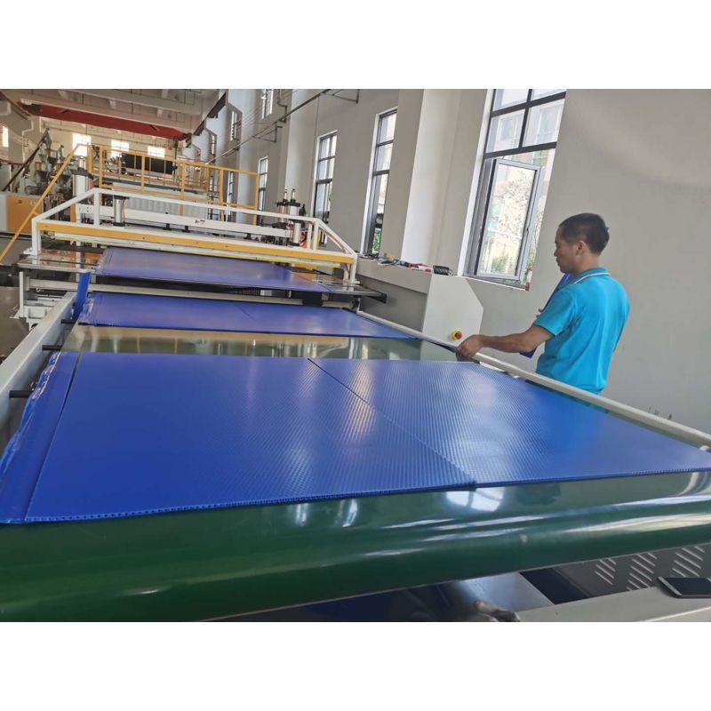 阻燃蜂窝板 塑料中空板 阻燃耐火蜂窝板 定制批发
