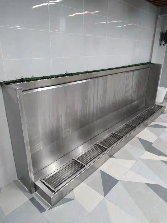 上海斯特嘉定制多款學校不銹鋼小便槽