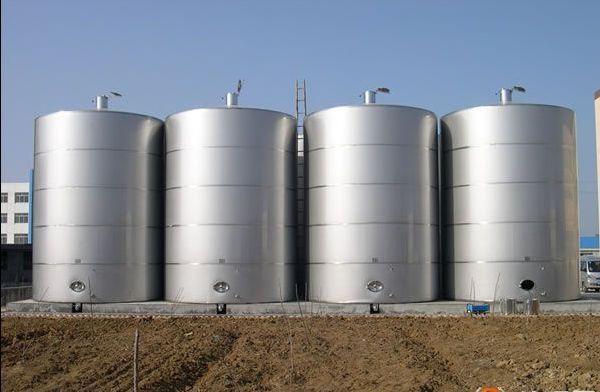加工订制304化工防腐储水罐 立式耐高温结实常压防腐罐
