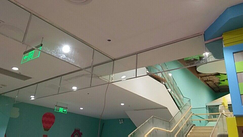 山东商场安装玻璃挡烟垂壁价格
