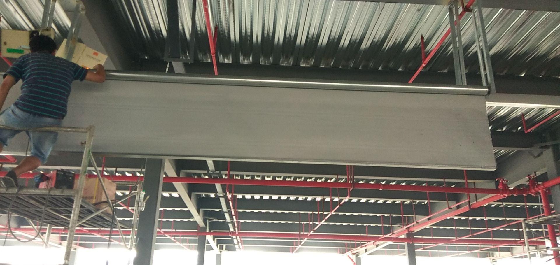 济南硅胶布挡烟垂壁厂房安装效果销售
