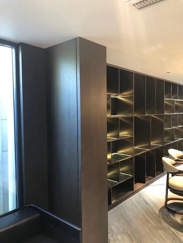天津会所酒柜书柜安装