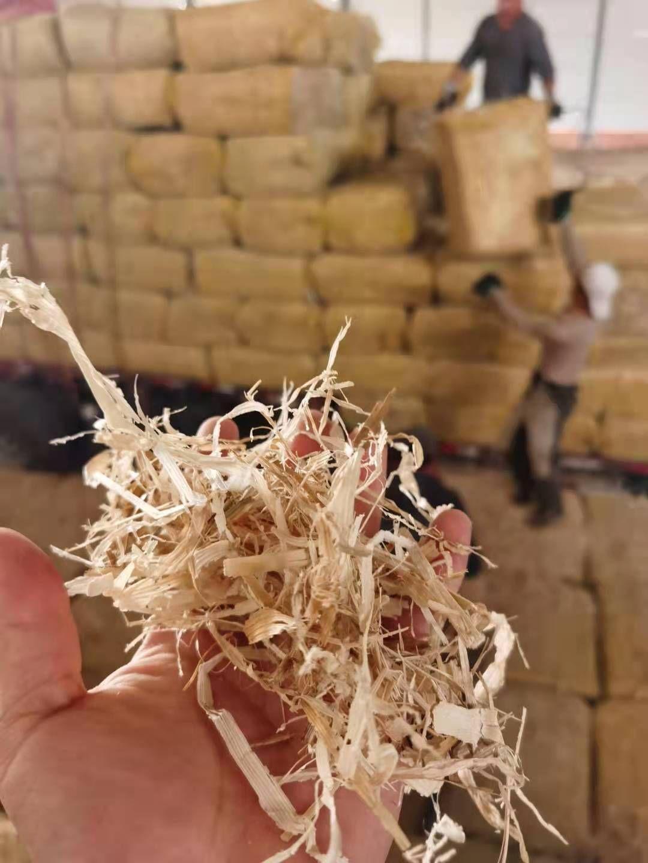 顺邦机器打包的东北粉碎揉丝玉米秸秆厂家直销适合牛马羊吃的牧草玉米秸秆价格